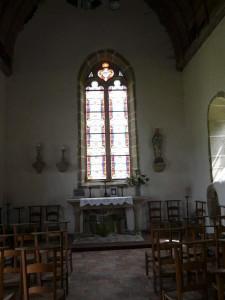 Vitraux d'Auguste Alleaume chapelle de Bourgon à Montourtier